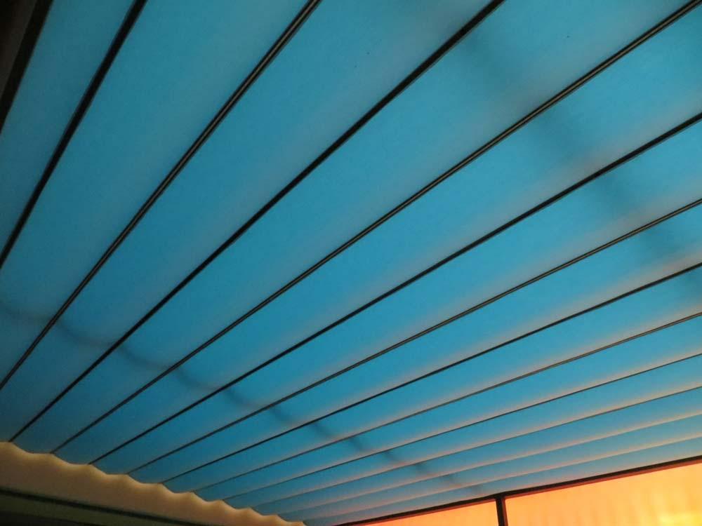 allwetterschutz f r terrassen balkone freir ume zum fabrikspreis. Black Bedroom Furniture Sets. Home Design Ideas