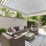 Terrassendach mit Drehlamellen