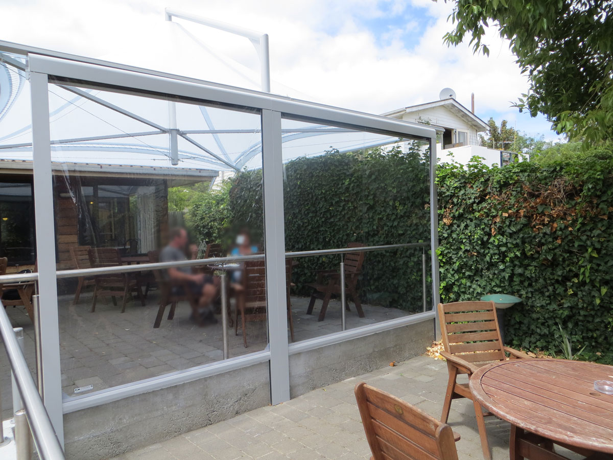Regenschutz Terrasse